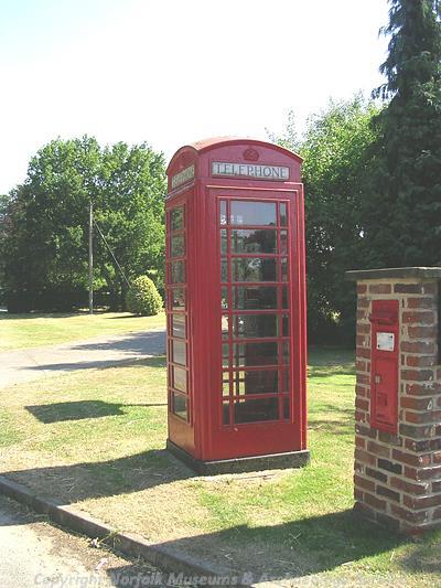 Type K6 telephone box.