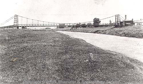 Suspension bridge built in 1826 and replaced in 1926. Gave the nearby hamlet of Suspension Bridge its name!