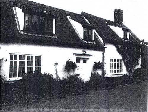 Photograph of Swallow Cottage, an 18th century cottage with a 19th century extension.