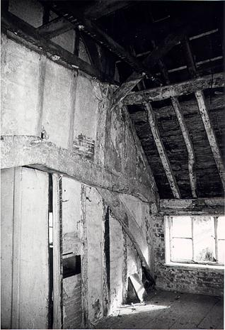 Central queenpost truss in Moat Farm, a 14th or 15th century timber framed hall house, Bedingham.