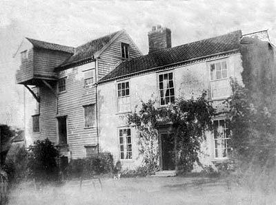 Photograph of Flordon watermill taken around 1906. Photograph from www.norfolkmills.co.uk