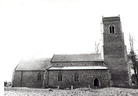 Photograph of St Swithin's Church, Frettenham. The building dates to the 14th century, with 15th and 16th century alterations.