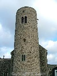 Photograph of the round tower of St Mary's Church, Gissing. Photograph from www.norfolkchurches.co.uk