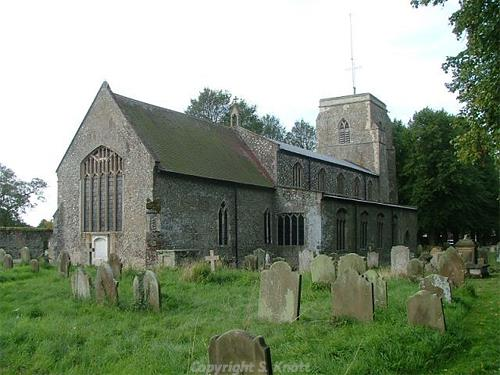 Photograph of St Andrew's Church, Holt. This parish church is to all intents and purposes Victorian, in the shell of its medieval predecessor which was gutted by fire in 1708. Photograph from www.norfolkchurches.co.uk