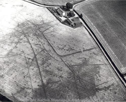 Aerial photograph of Cawston Roman fort.
