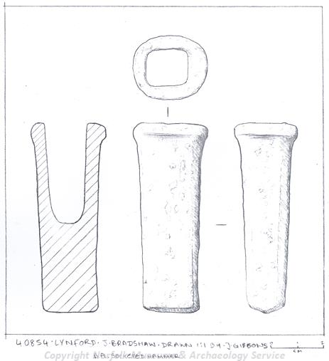 Drawing of a Bronze Age socketed hammer from Lynford.
