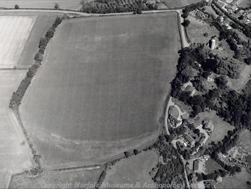 Aerial photograph of Tasburgh Iron Age hillfort.