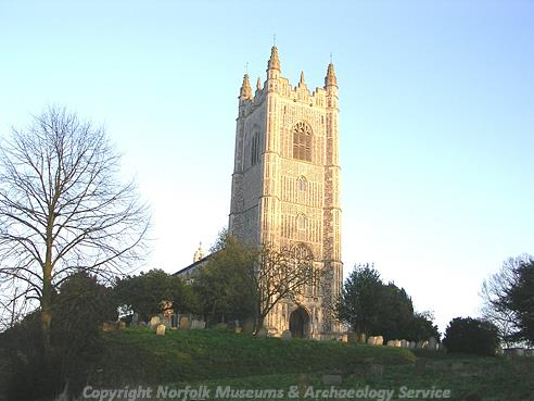 Photograph of St Mary's Church, Redenhall.