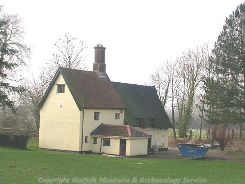 Photograph of The Kennels, Knights Lane, Shotesham.