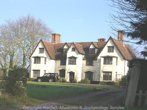 Photograph of Old Hall, Saxlingham Nethergate.