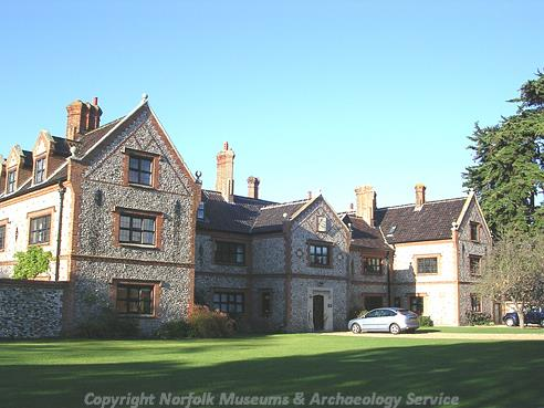Photograph of Thornham Manor House.