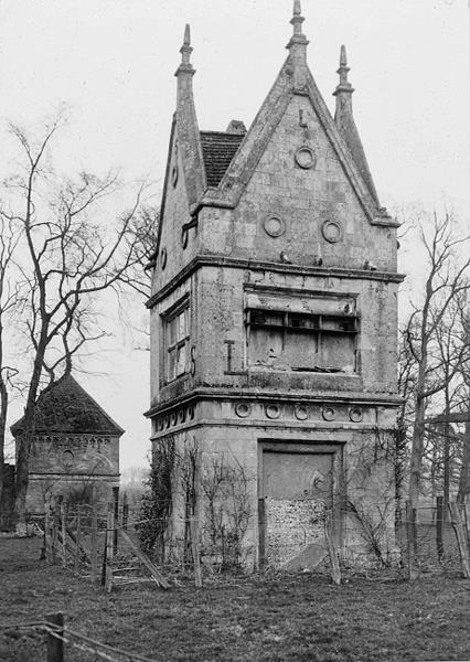 Photograph of the Slipper Chapel, Bawburgh. From Picture Norfolk.