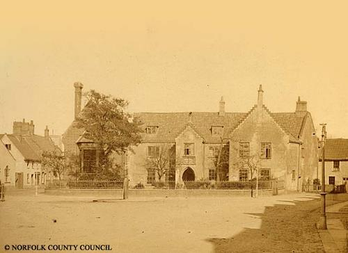 Photograph of Holt Free School. From Picture Norfolk.
