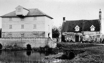 Photograph of Northwold watermill photographed around 1900. Photograph from Norfolk Mills website.