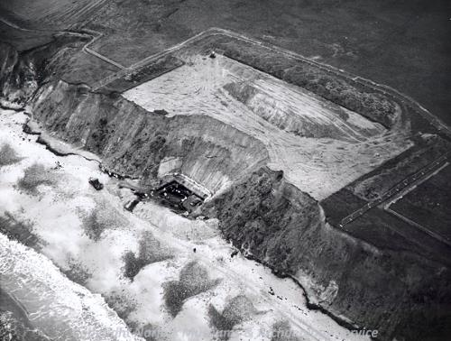 Aerial photograph of excavation of the West Runton elephant.