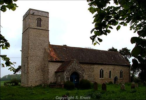 Photograph of St Andrew's Church, Themelthorpe. Photograph from www.norfolkchurches.co.uk