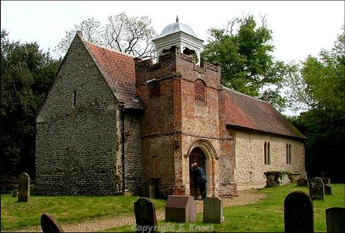 Photograph of St Nicholas' Church, Twyford. Photograph from www.norfolkchurches.co.uk